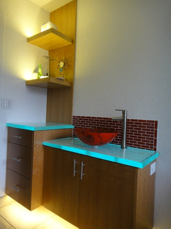 bathroom-cabinet-led-lighting