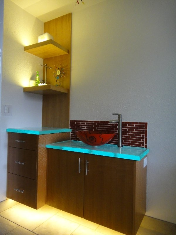 bathroom-shelving-led-lighting